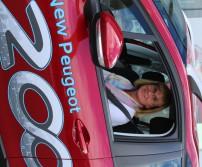 Annick Brisbois gagnante chez Peugeot Schyns